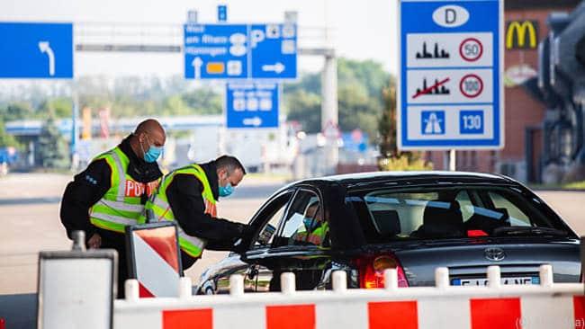 Malgré les critiques de l'UE, l'Allemagne ferme ses frontières