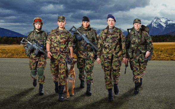 L'armée suisse souhaite attirer plus de femme