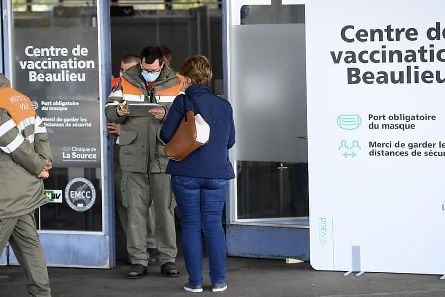 Le vaccinodrome de Beaulieu a ouvert ses portes à Lausanne