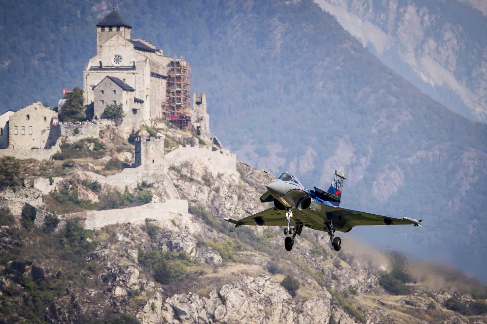 Un système français pour surveiller l'espace aérien suisse